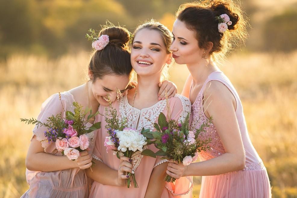 sukienki wiosenne na wesele