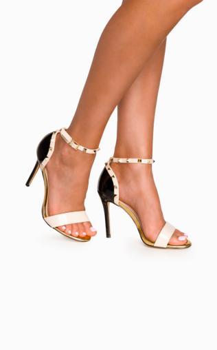ca2de6cb362943 Szare sandały na słupku CASORIA Buty - {Shoperia} PRIMAMODA