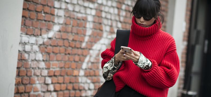 Modne swetry z sieciówek