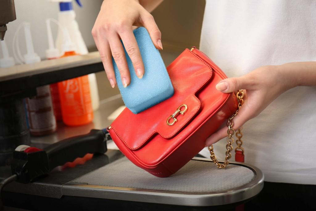 Skórzana torebka jak czyścić