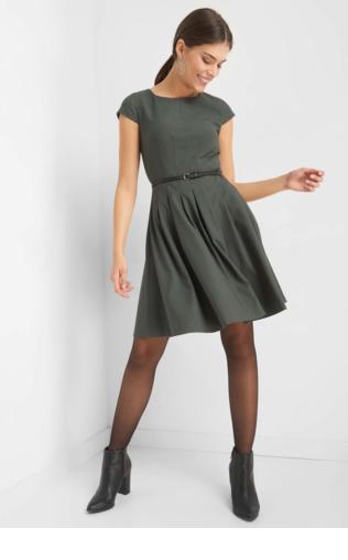 ef6f1495390d Sukienka dopasowana w kolorze granatowym Sukienki do pracy -  Shoperia  YOU  by Tokarska