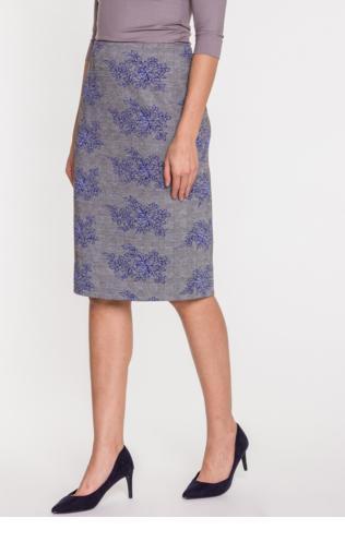 10b27fffc245 Pudrowo różowa ołówkowa spódnica we wzory 8401 Spódnice -  Shoperia  Fasardi